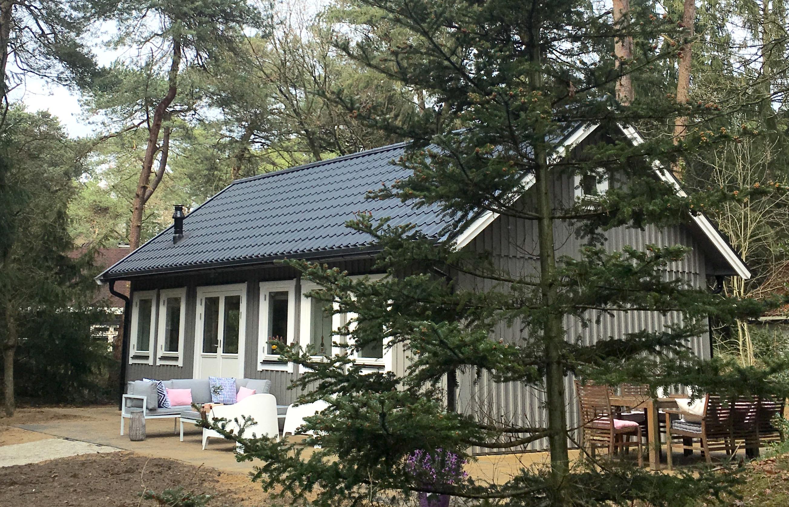 Huisje van hout in noordwijk for Hout huis